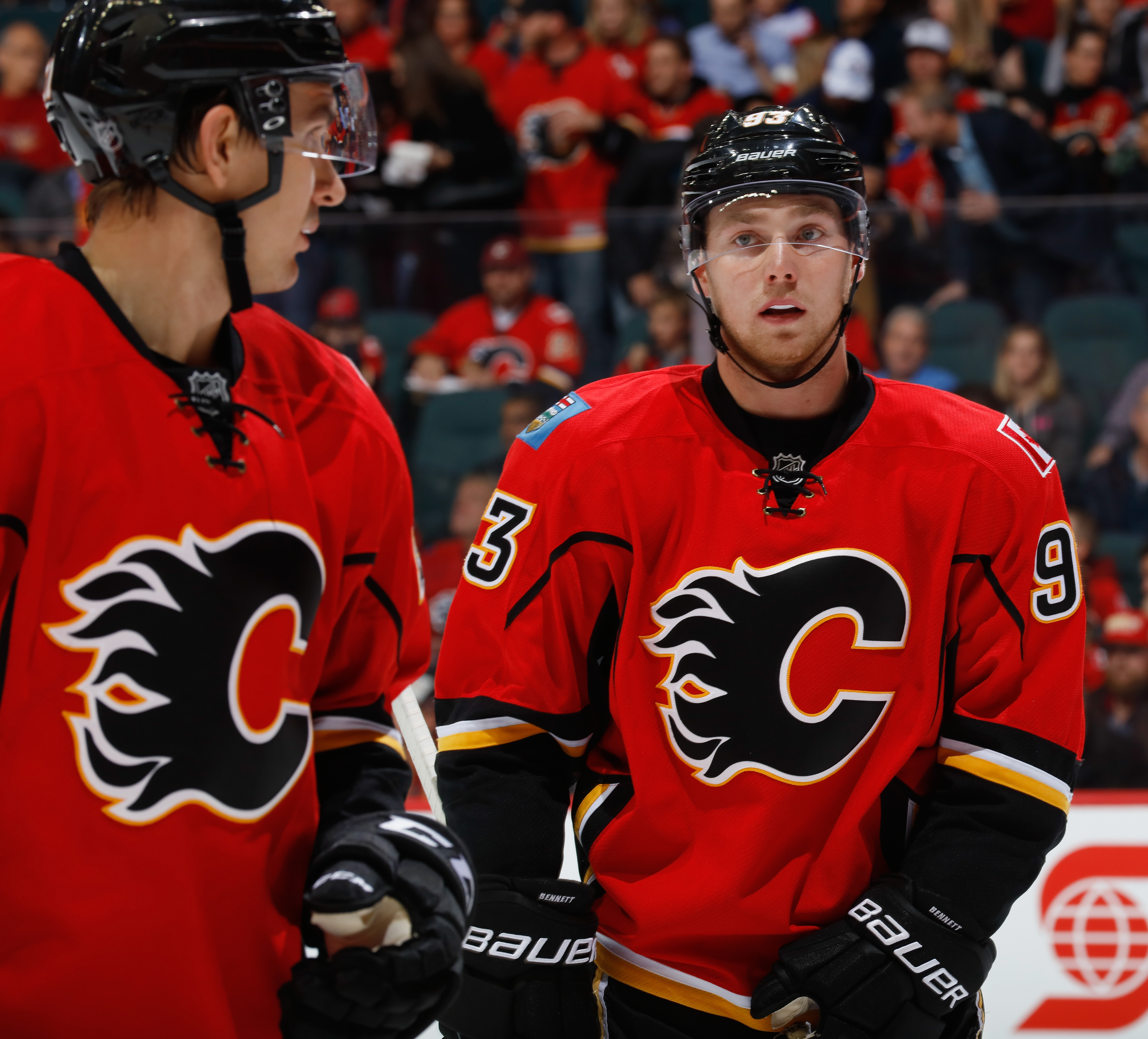 Jon Gillies, Mikael Backlund lead Flames past Avs 5-1