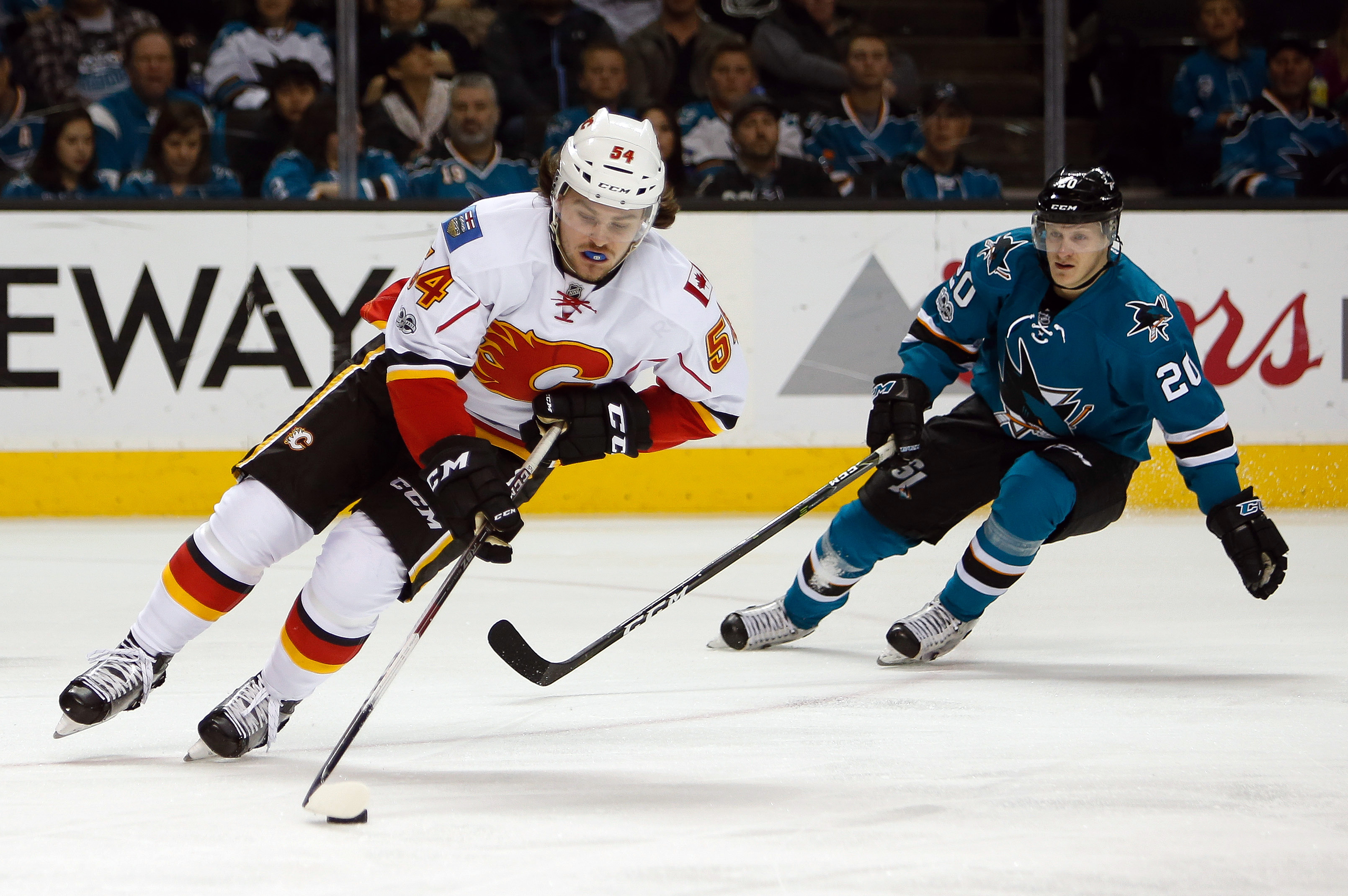 new arrival 99590 2e5a0 Calgary Flames: Why Trading for Alexander Ovechkin Makes Sense